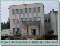 Zdjęcie przedstawia budynek, w którym mieści się Filia PUP w Jedlni-Letnisko
